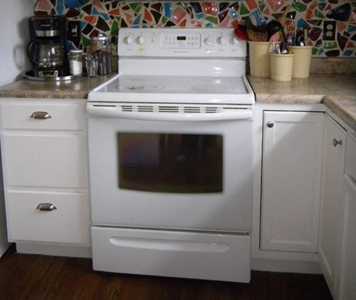 Glass On An Oven Door Iseeidoimake, How To Clean Inside Double Glass Oven Doors