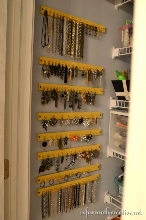 Easy Diy Hanging Jewelry Organizer Iseeidoimake