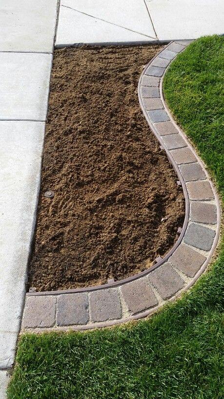 affordable diy garden edging ideas iseeidoimake