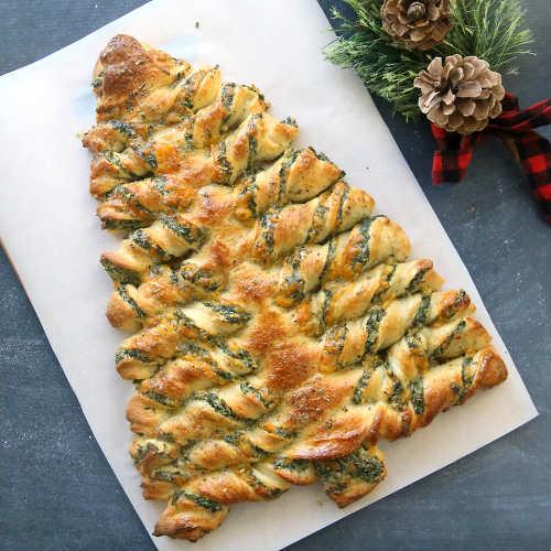 Christmas Tree Spinach Dip Breadsticks Recipe
