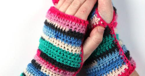DIY Crocheted Fingerless Mittens